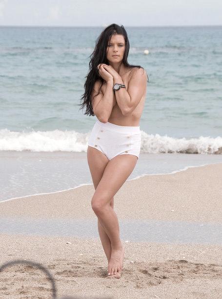 Kirsten stewart nude on the road 6