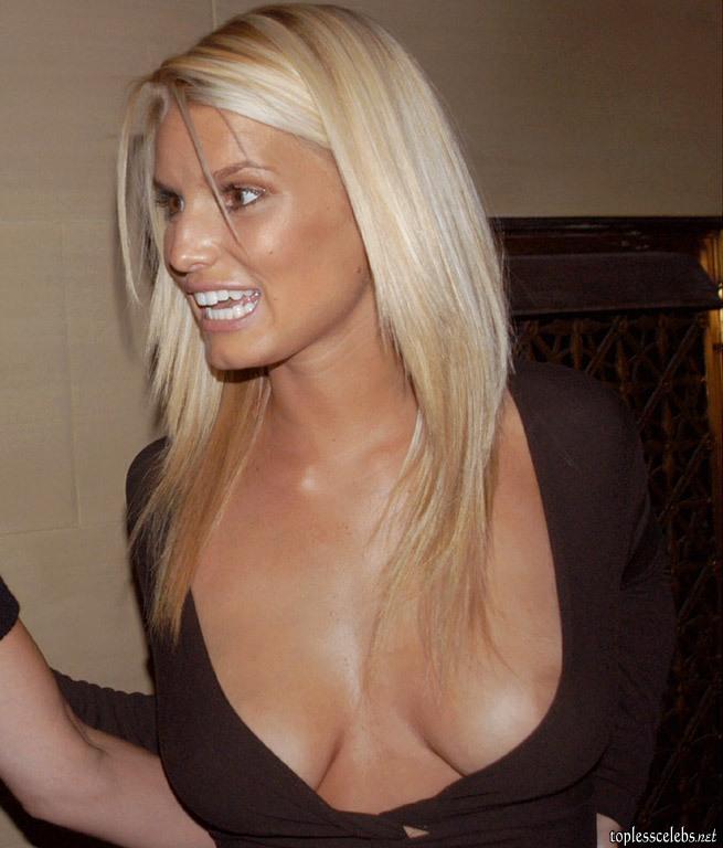 http://www.toplesscelebs.net/Jessica_Simpson/Jessica-Simpson-topless-8.jpg