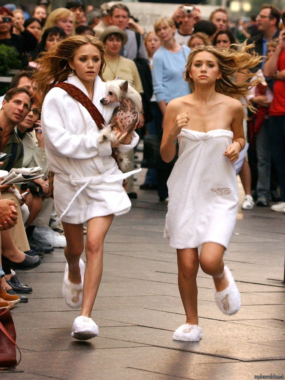 Mary kate and ashley topless